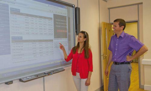 Language Schools - learn a language efficiently through modern teaching tools