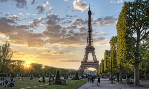 High School Exchange in Paris - your best high school exchange in France