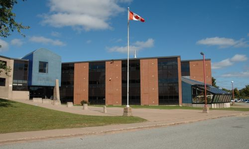 Homestay and High School in Canada - Canadian high school campus