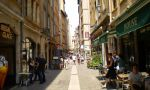 Private French Courses in Lyon - charming streets with restaurants