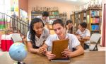 Exchange program in Costa Rica - students studying at the library