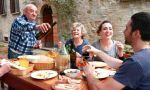 Private Italian classes in Italy - international student experiencing family life with their teacher