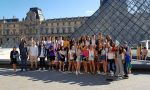 French courses in Paris - visiting Le Louvre