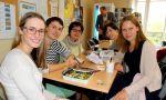 Escuela de francés en París - estudiantes en el trabajo